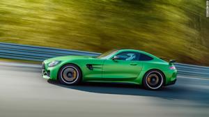 Mercedes alacak olsam bu rengi alır mıydım acaba?
